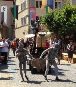 Un petit exemple des petites scènes qui se jouaient dans les différentes rues de St-Ursanne
