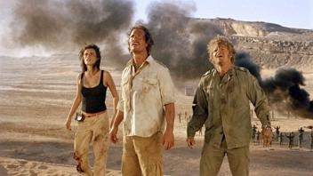 Les trois héros, comprenant deux aventuriers chevronnés, anciens membres de l'armée américaine, et une charmante doctoresse en détresse qu'il faudra sauver toutes les dix minutes d'une mort certaine.