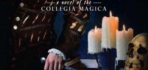 Détail de la couverture du tome 1 de la Collegia Magica, dague discrètement tirée